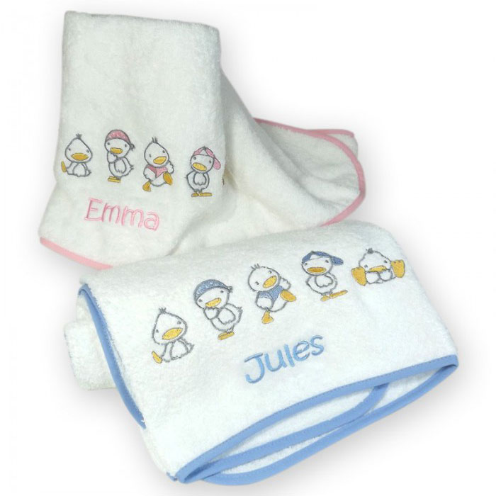 Toalla Baño Infantil:Toalla infantil bordada