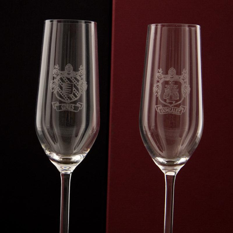 Pin dos copas de champagne by yurok mostphotos on pinterest for Copas de champagne
