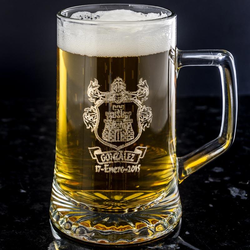 Jarra de cerveza con logo grabado - Vasos personalizados ...