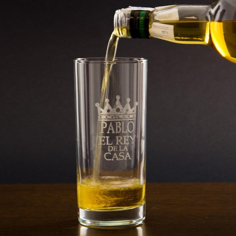Vaso de whisky grabado para el rey de la casa - Vasos personalizados ...