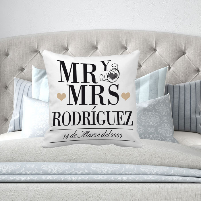 Cojín personalizado Mr y Mrs