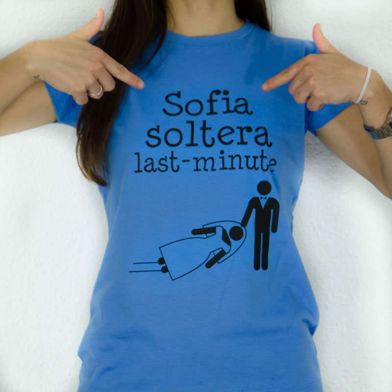 Camiseta soltera arrastras personalizada